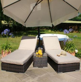 Welcome the New Year with Designer Rattan Garden Furniture