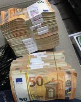 Counterfeit Euro Bills Check out these Top Grade Notes